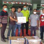 Penyerahan Bantuan APD Kepada Paramedik Covic 19 Hasil Donasi IKA Teknik UNHAS